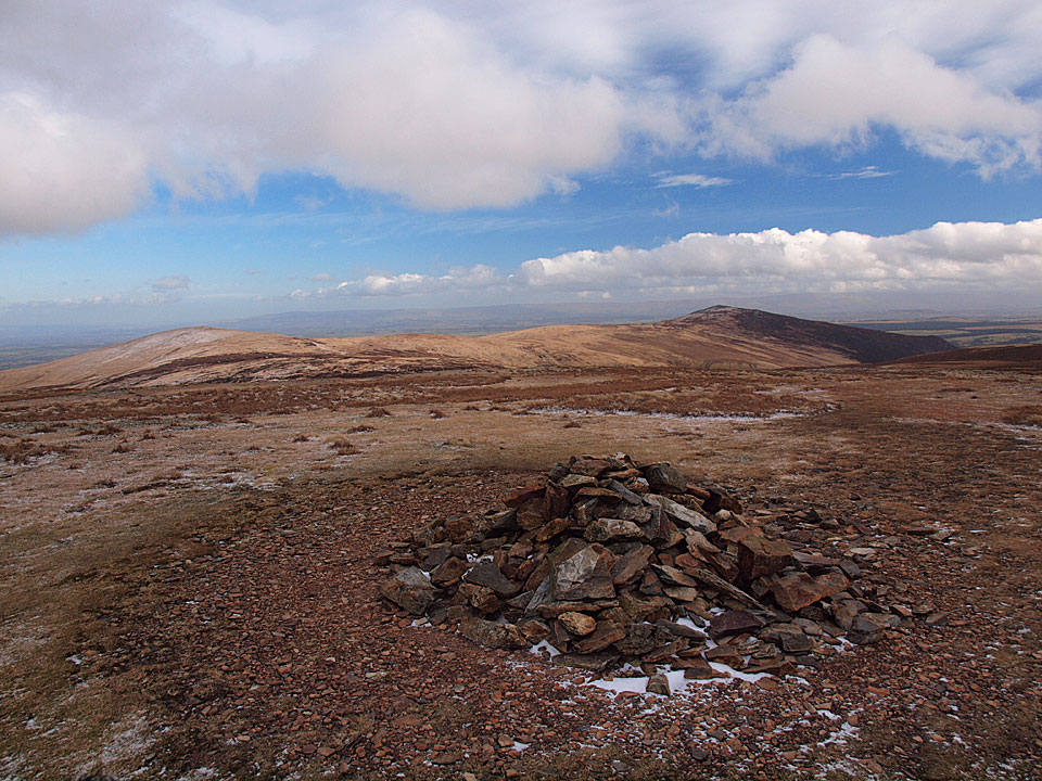 The summit of Knott, looking to High Pike and Carrock Fell