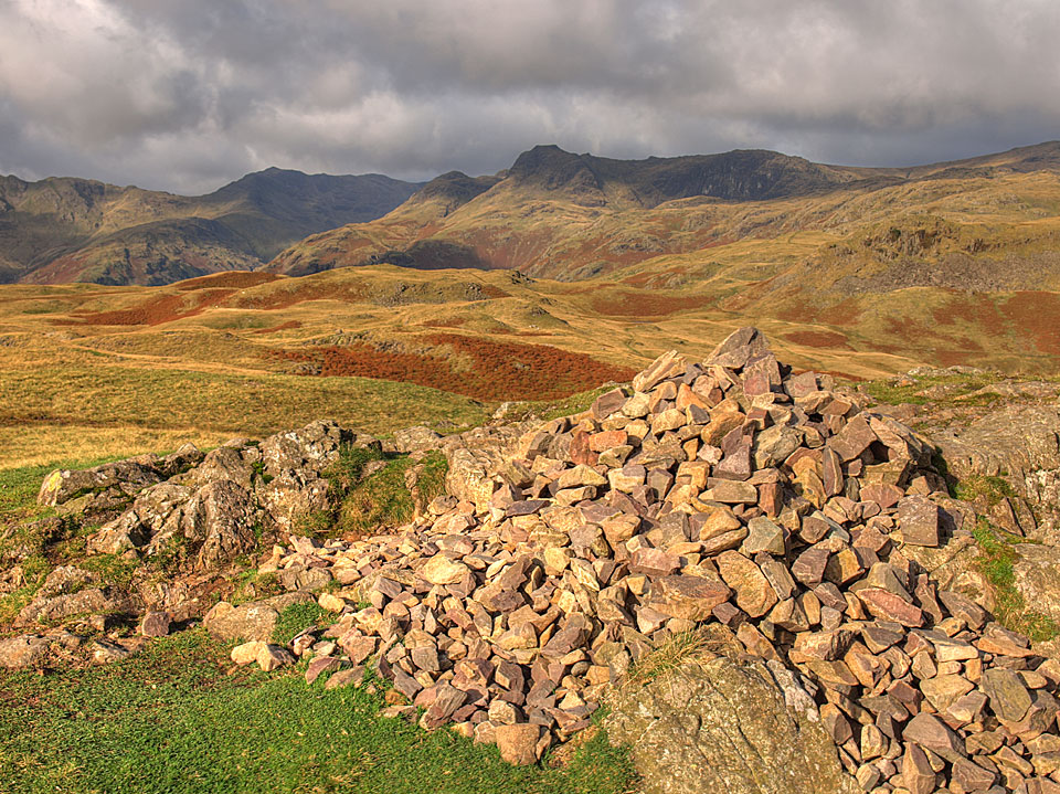 Bowfell and the Langdale Pikes from the summit of Silver How