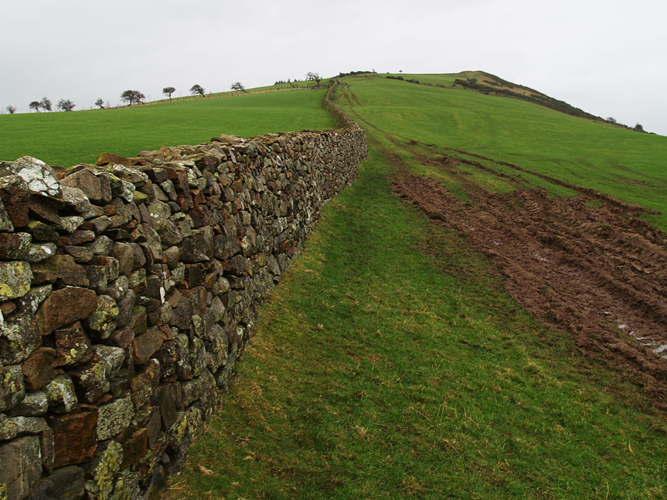 Following the wall to Watch Hill