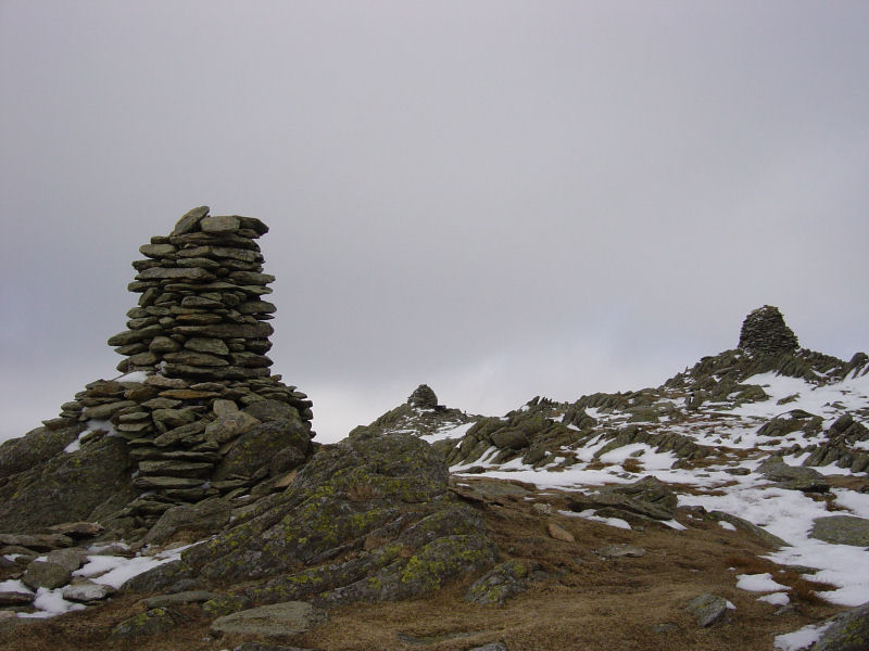 The three summit cairns on Ill Bell
