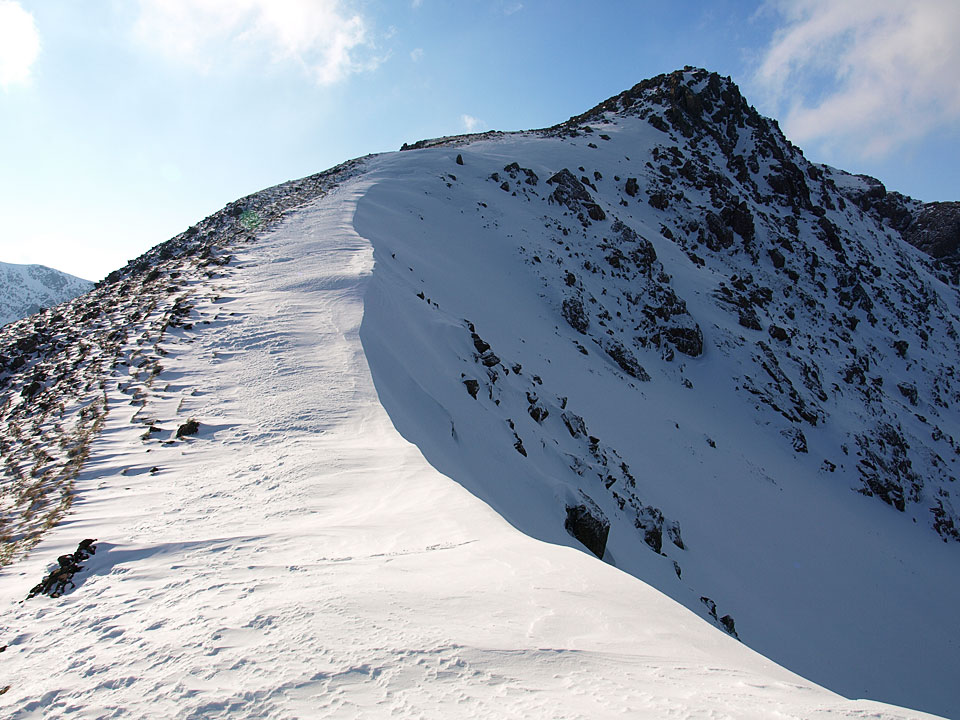 The climb to Black Crag from Wind Gap