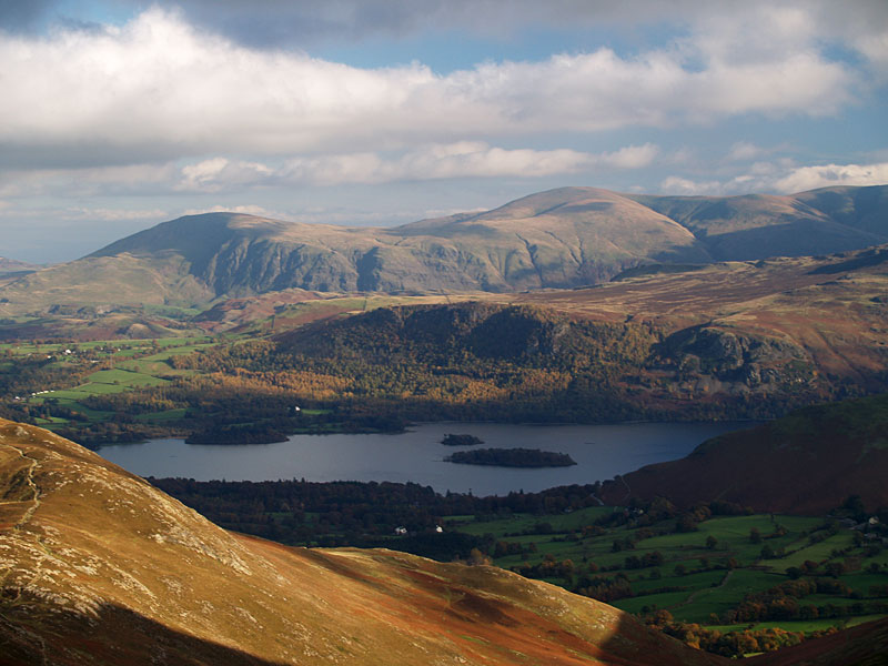 Clough Head and Great Dodd across Derwent Water from the summit of Outerside