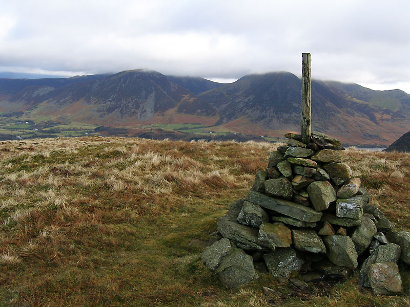 Whiteside and Grasmoor from the Loweswater End of Carling Knott