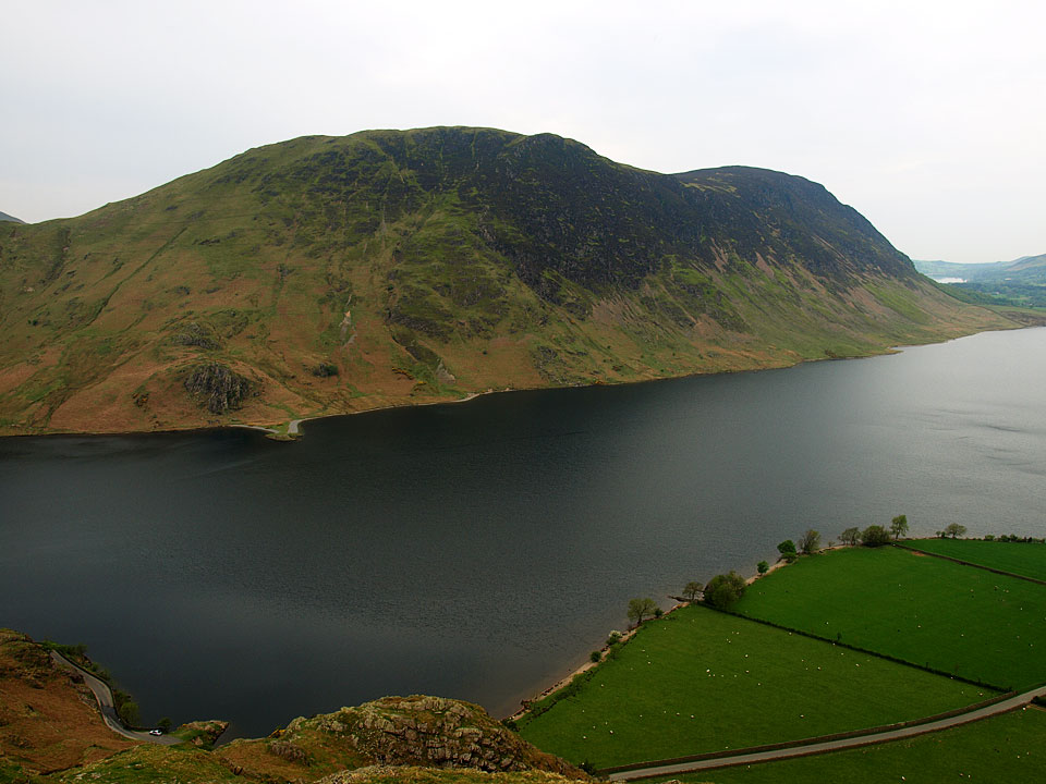 Mellbreak across Crummock Water from the desecnt of Rannerdale Knotts