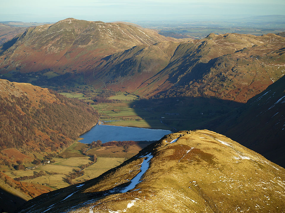 Brothers Water, Place Fell and Angletarn Pikes beyond Middle Dodd