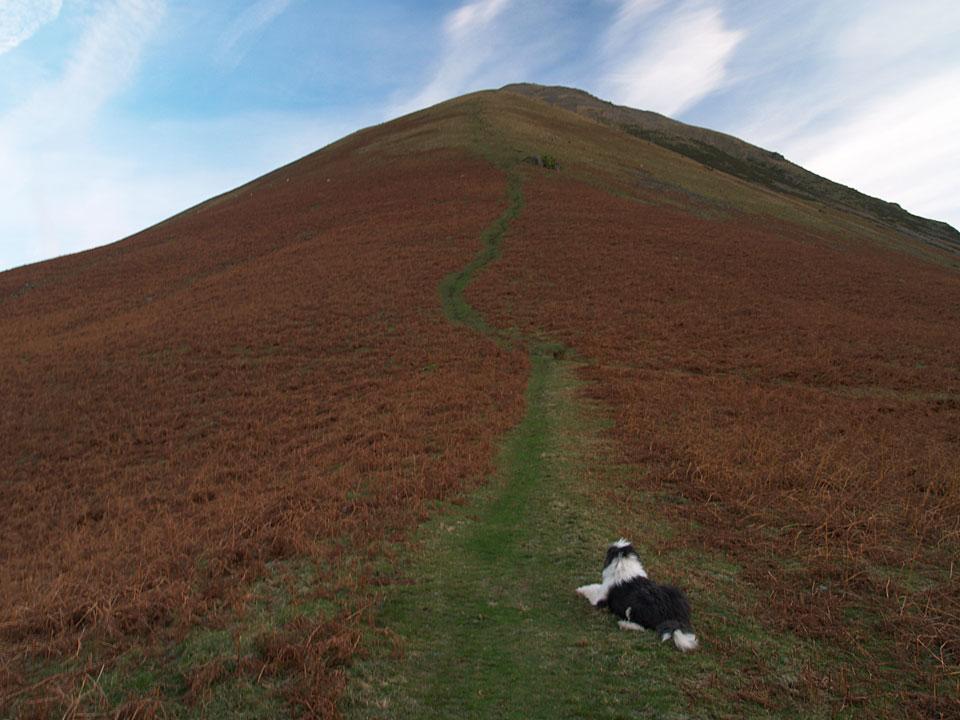 The steep climb up to Kirk Fell