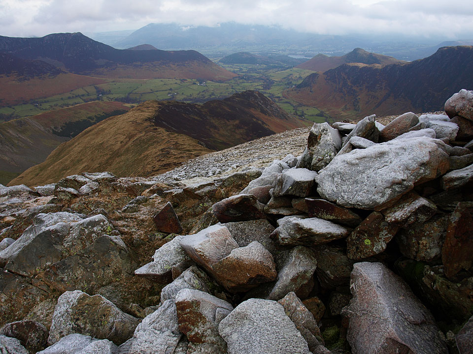 The descent from Hindscarth to Scope End