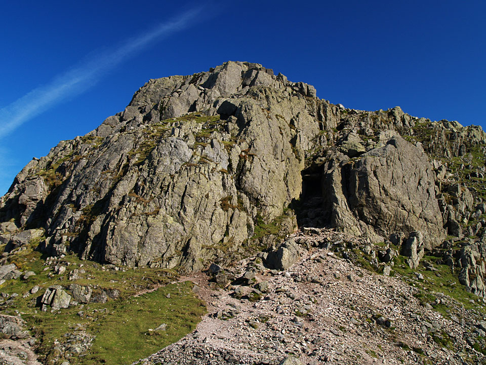 Approaching the 'Bad Step' on the second Crinkle - it is the dark area to the right of centre