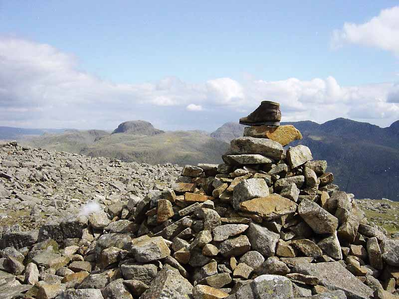 Black Crag summit - anyone lost a boot ?
